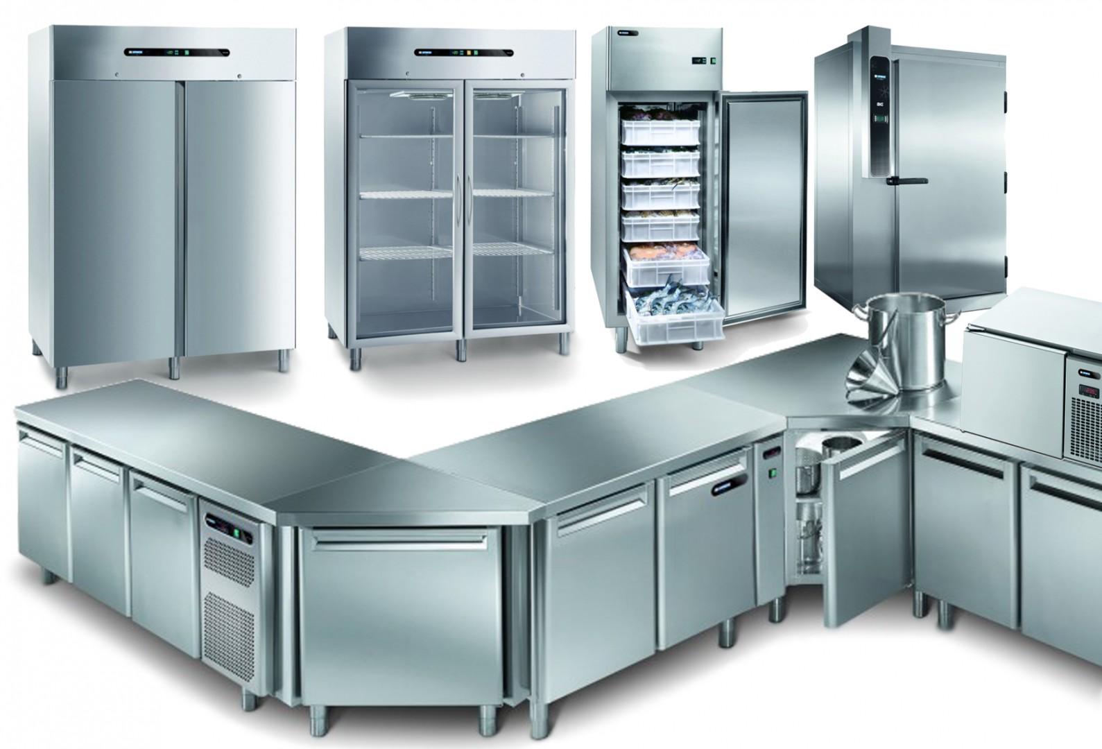 Abbattitori, Armadi e Tavoli refrigerati in Acciaio Inox